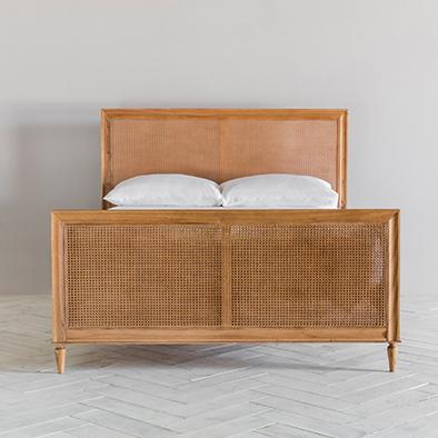 Aristotle Bed