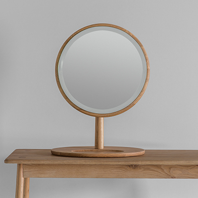 Vera Mirror