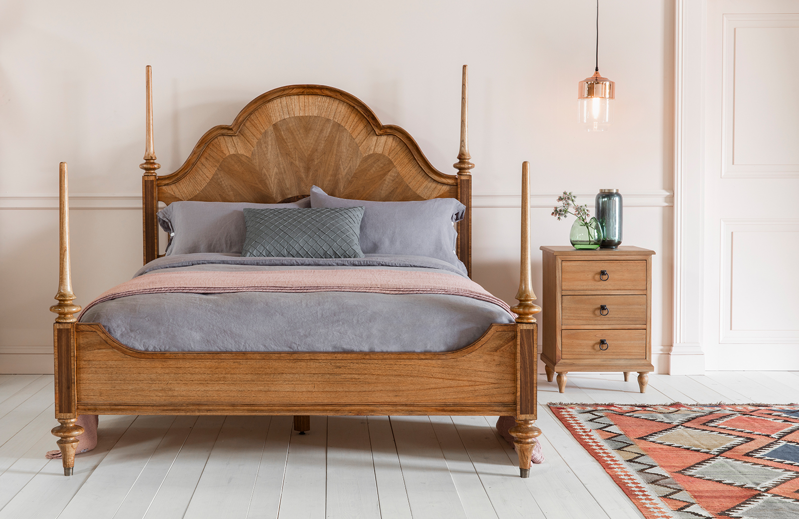 Mad about Wood - Boticelli Bed - Perch & Parrow