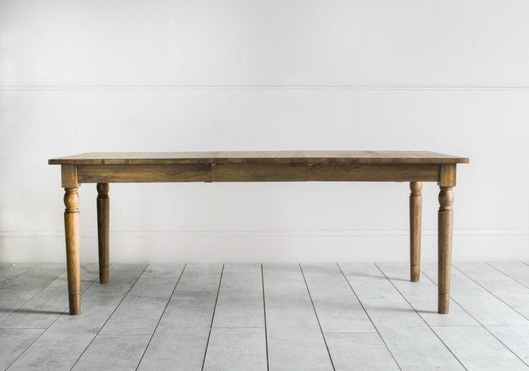 Cooper Extendable Table