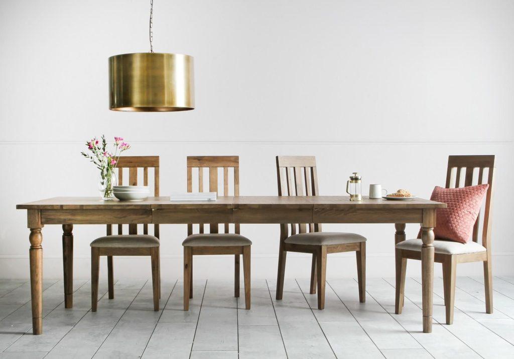 cooper-oak-dining-table-situ2_1