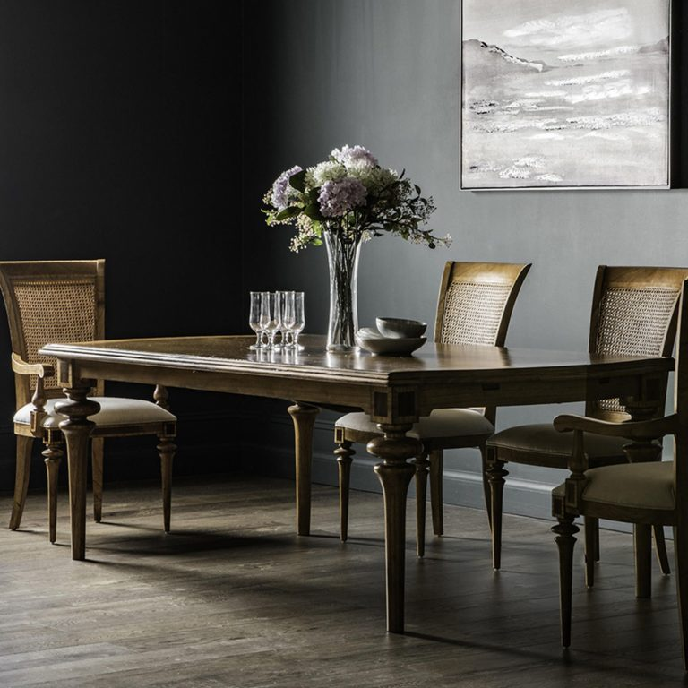 Botticelli Dining Table