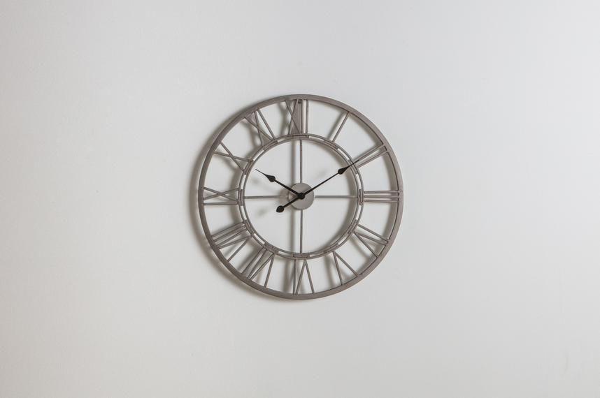 pp2001993-_luke_outdoor_clock_1_