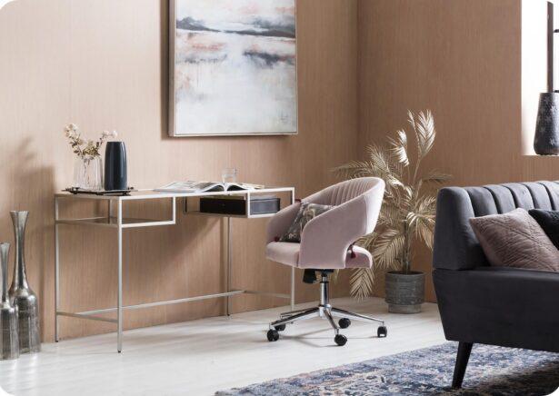 Niantic Pink Velvet Swivel Chair