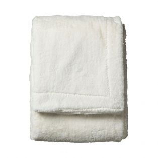 Maisie Faux Fur Throw in Cream