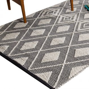 Jaden Diamond Rug, Small